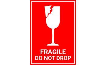 Isekleepuvad etiketid hoiatusmärkidega Fragile do not drop ja This side up